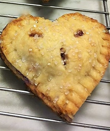 Delicious and easy heart shaped hand pies