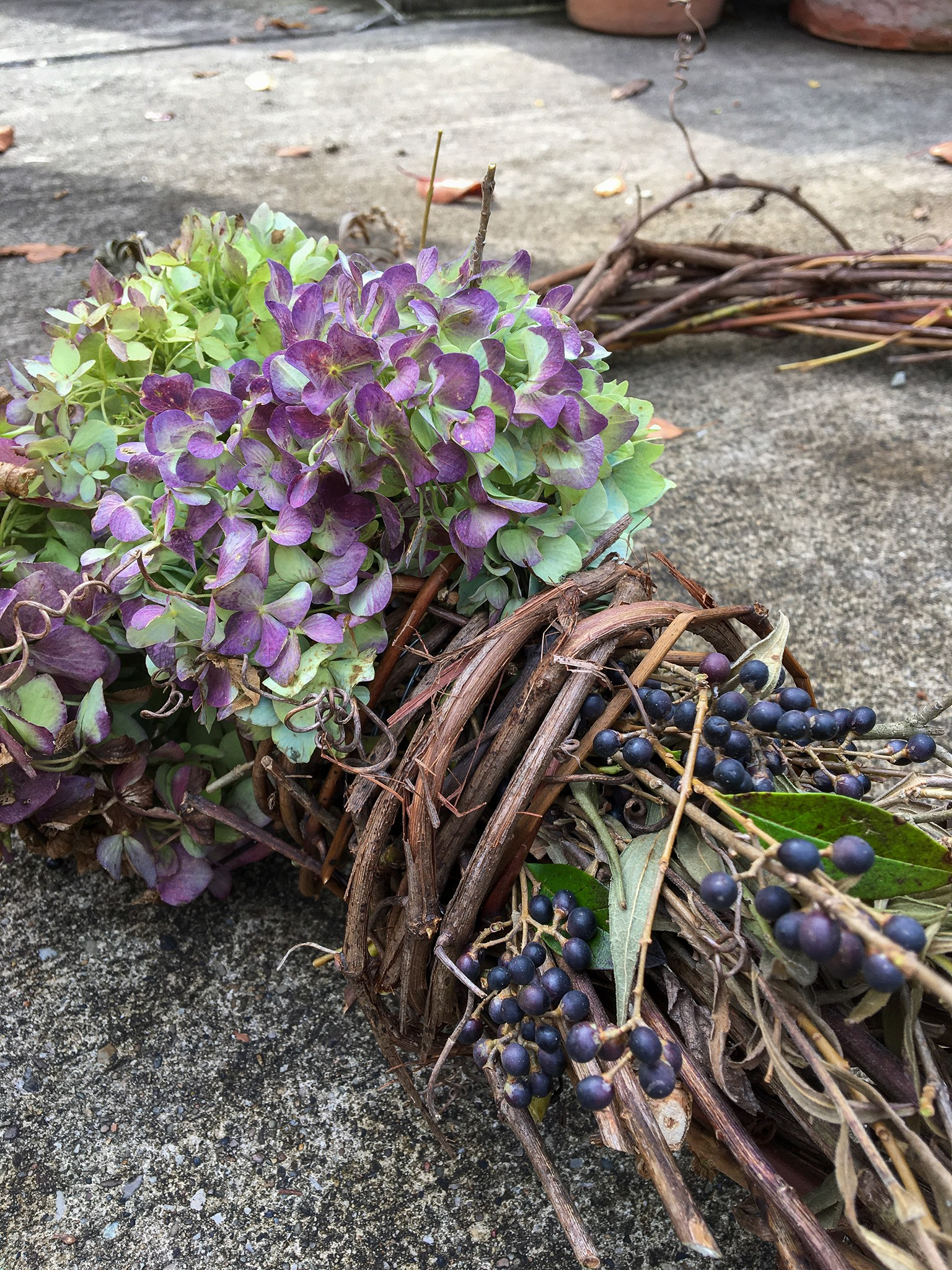 Wreath Making ~ Forage your Back Yard for Ideas