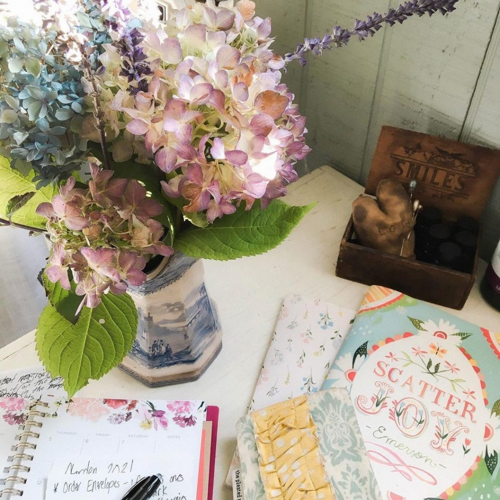 tiny little garden shed studio