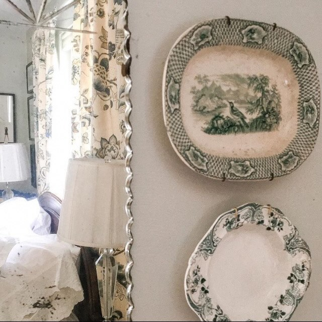 Home Tour Green Transferware in the bedroom
