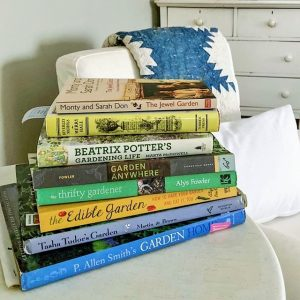 On the blog I am sharing five of my personal favorite gardening books. jenntavolettidesign.com